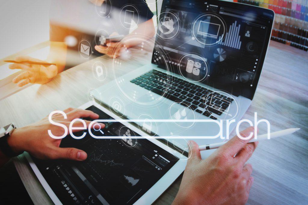 לא על הגוגל לבדו: מקורות מידע המשמשים אותנו בעבודה (אינפוגרפיקה)